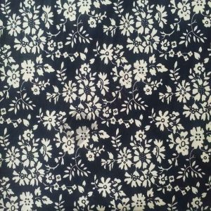 Black & Cream Flowers 7728-2