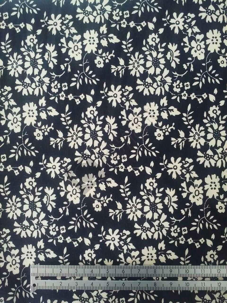 Black & Cream Flowers 7728-2