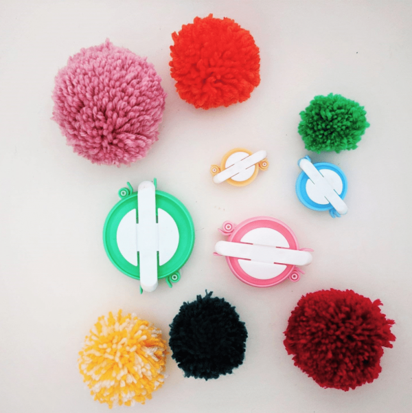 Pom Pom Maker | DIY Pom Pom