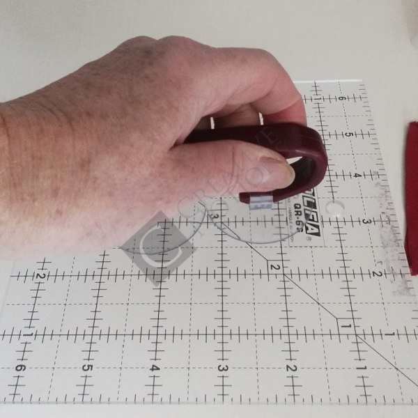 Quilting Ruler Grip Handle with Suction Cups